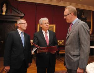 Ernennung des Honorarkonsuls für Finnland - Frank Dreeke